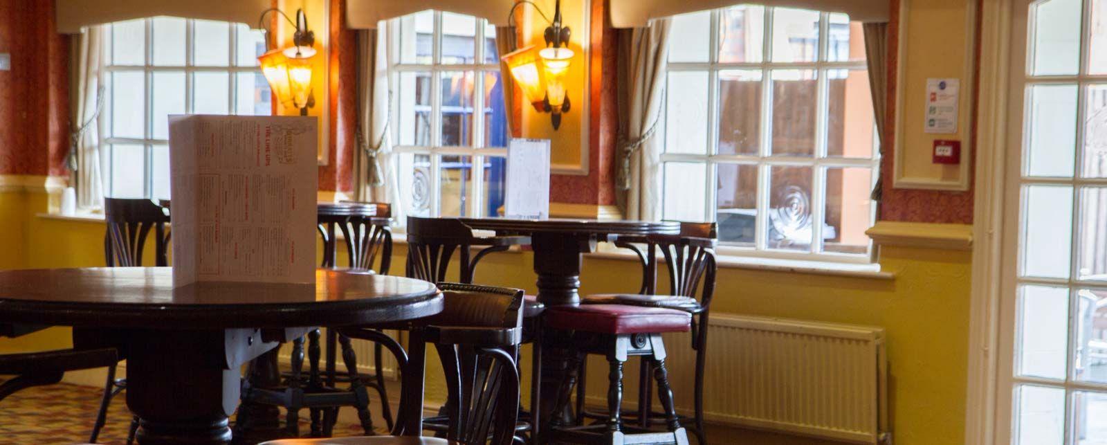 barratts | pub | northampton | snooker | real ale | food | live sport